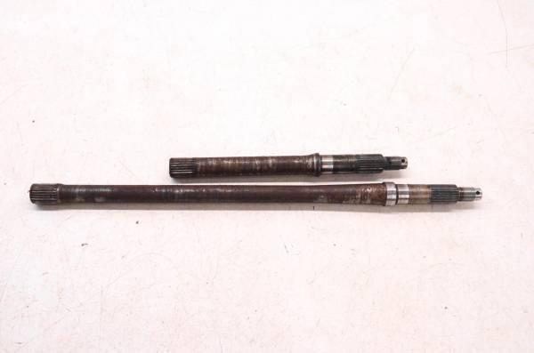 Kawasaki - 02 Kawasaki Bayou 220 2x4 Left & Right Rear Axle Shafts KLF220