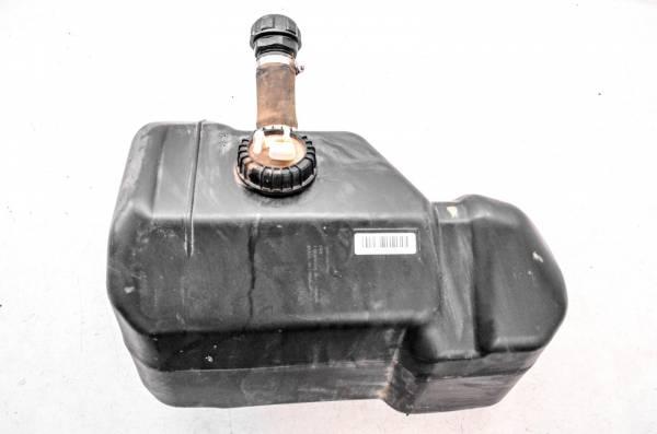 Can-Am - 18 Can-Am Defender Max XT HD8 4x4 Gas Tank & Fuel Pump