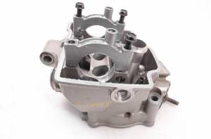 Honda - 04 Honda CRF250R Cylinder Head For Parts - Image 3